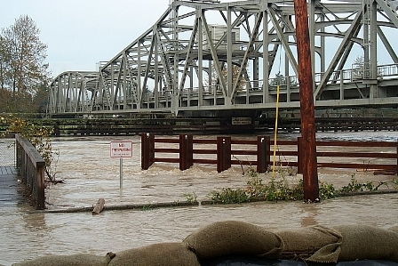 2003 flood picture.jpg